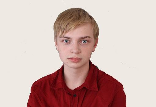 Сухоруков Артем